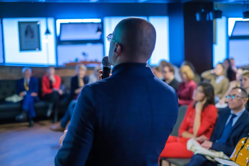 Tout savoir sur les accessoires indispensables pour une conférence réussie